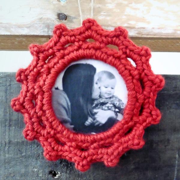 Portarretratos a Crochet para el Árbol de Navidad