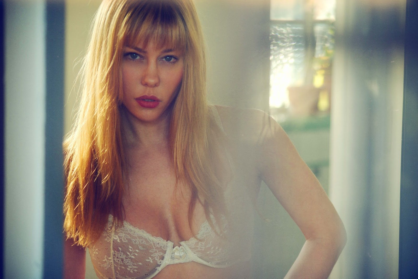 Laura Niles nude 534