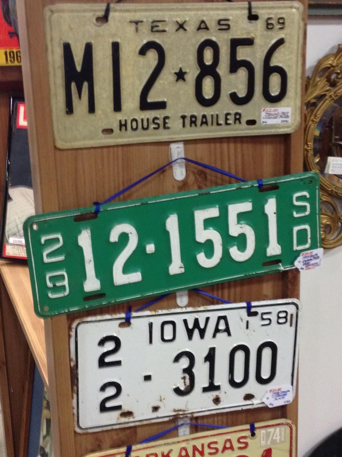 C. Dianne Zweig - Kitsch \'n Stuff: Collecting Vintage Car License Plates