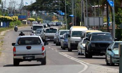 Pergerakan kenderaan keluar dari Semporna