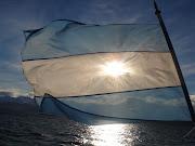 . la más gloriosa y santa; el firmamento su color le dio. bandera argentina