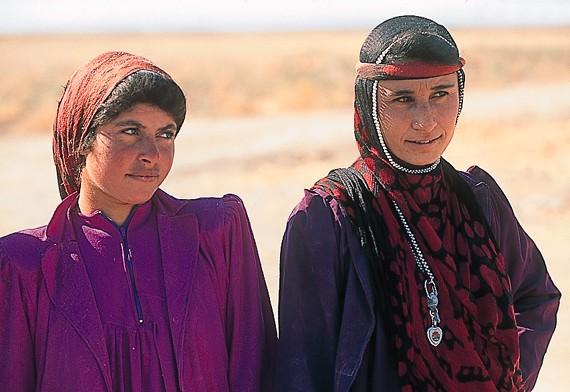 الثقافة العراقية, الحضارة العراقية, التراث العراقي, المجتمع العراقي, الحرف اليدوية العراقية, التقاليد العراقية, الصناعة التقليدية العراقية, التنوع العرقي العراقي, الأعراق العراقية, العراق و الثقافة