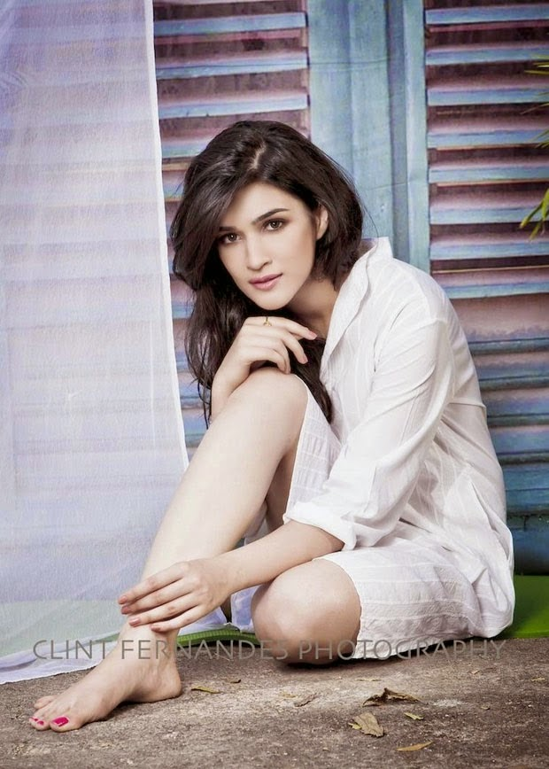 Kriti Sanon Hot and sexy HD WallpapersFree Download