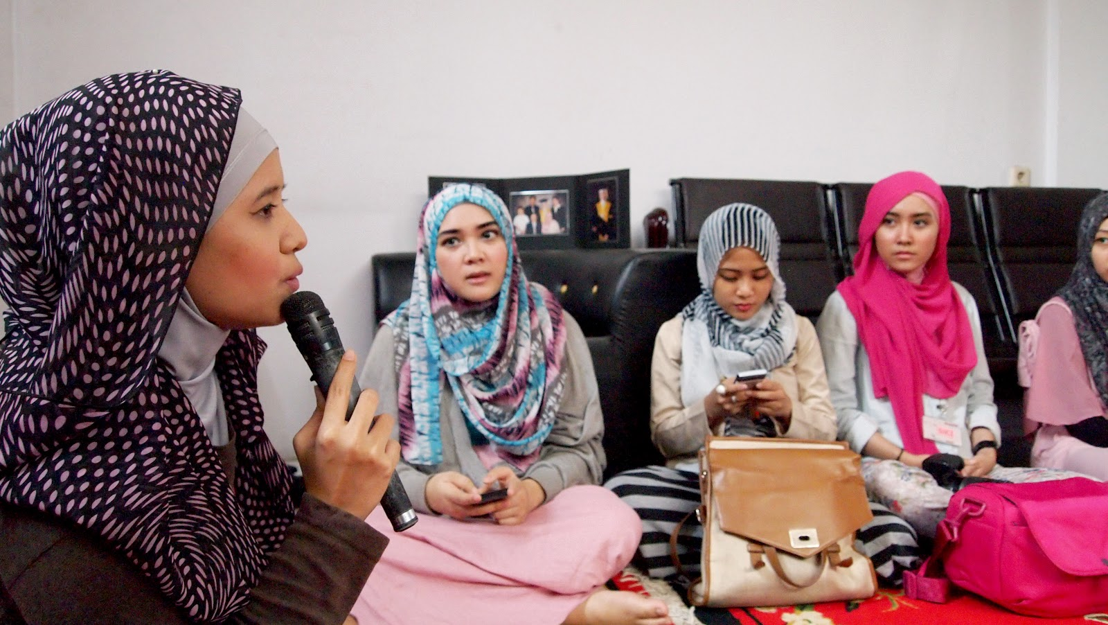 HIJABIST Book Tour To Bandung PART I Tutorial Hijab Zaskia