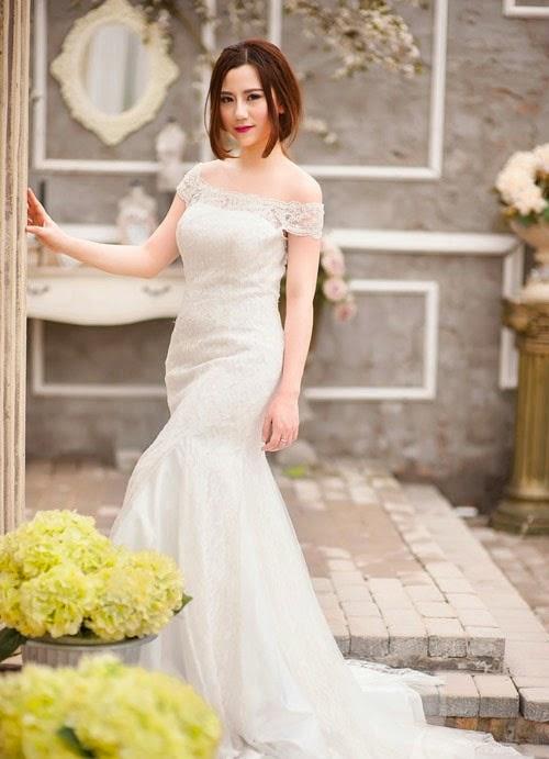 Váy cưới đuôi cá luôn được các cô dâu ưa thích vì vẻ gợi cảm, sang trọng của nó