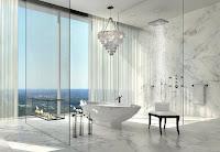 cuarto de baño con chimenea