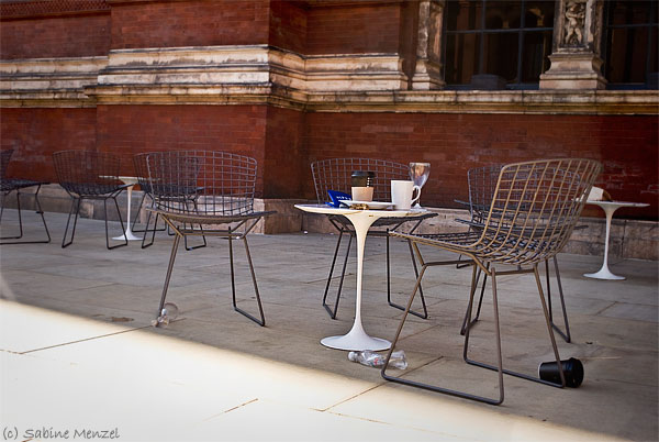 Psynopsis V&A Museum London Courtyard