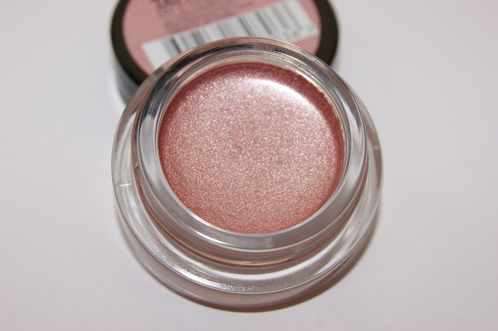 maybelline color 24hr eyeshadow in pink gold
