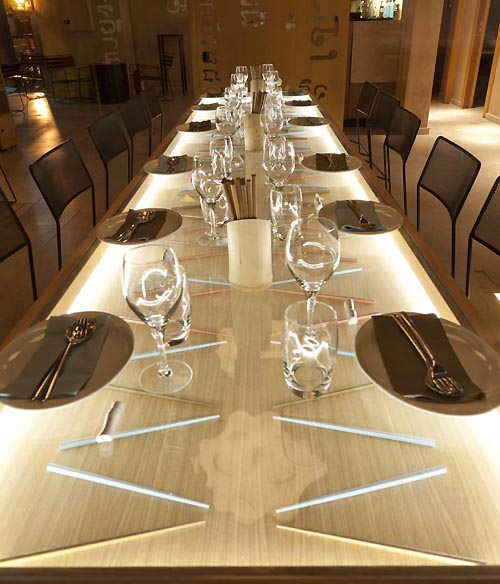 Configuration Lighting Fixtures for Modern Restaurant Design