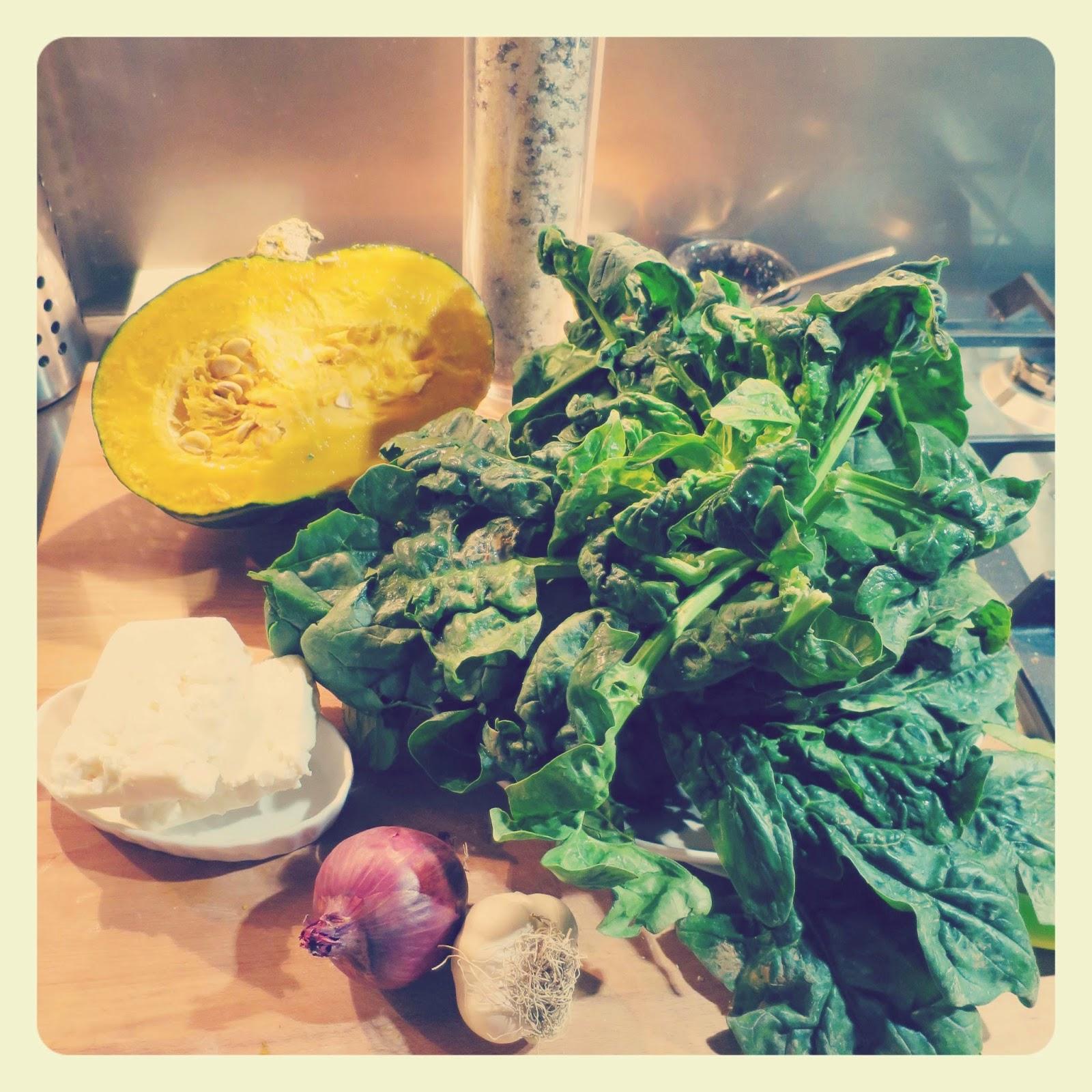 ingredienti crema di zucca con spinaci piccanti e feta