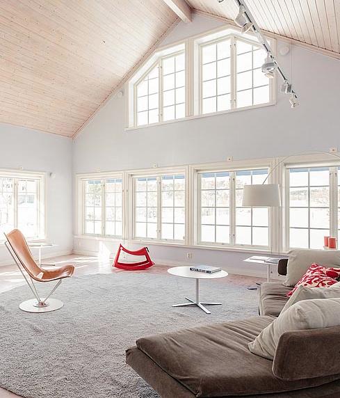 Fönster fönster vardagsrum : studio karin: ETT FANTASTISKT ARBETSRUM SAMT ETT LUFTIGT VARDAGSRUM