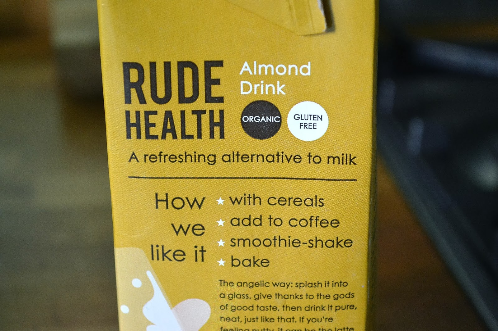 What are the ingredients in almond milk?