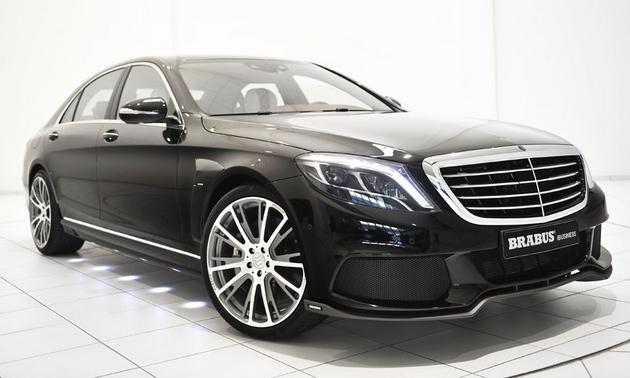"Brabus 850 6.0 Biturbo ""iBusiness"": A Rolling Office That Will Roll at 217 MPH"
