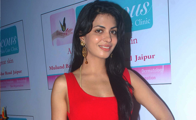 Indian Sexy Masala Model and Hot Girl  Gorgeous Skin Care Clinic Opening hot photos