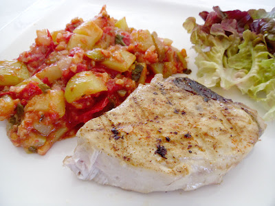 Gourmande ou passionn e steak de thon grill aux pices et ratatouille - Recette steak de thon grille ...