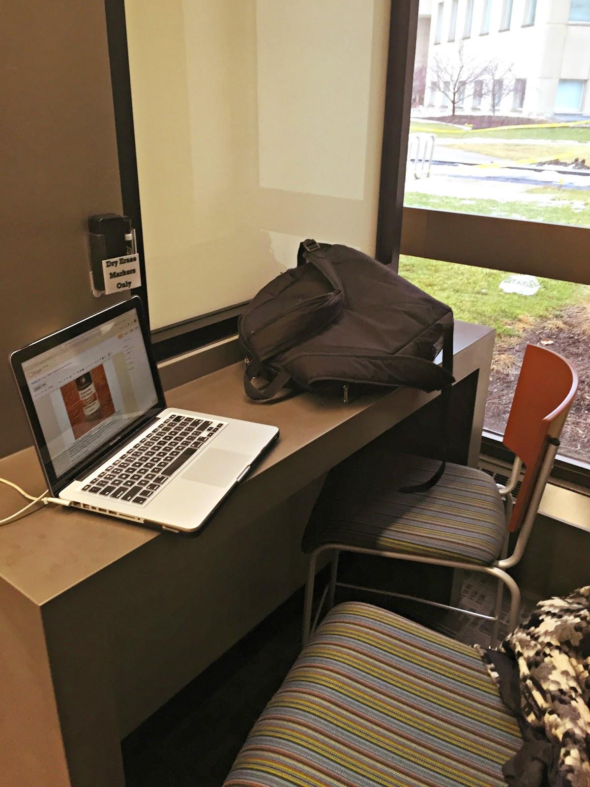 mini-desk-college