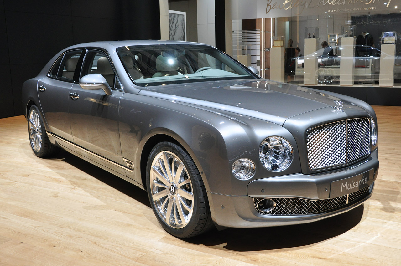 Bitty So Hot Geneva 2012 Bentley Mulsanne Mulliner