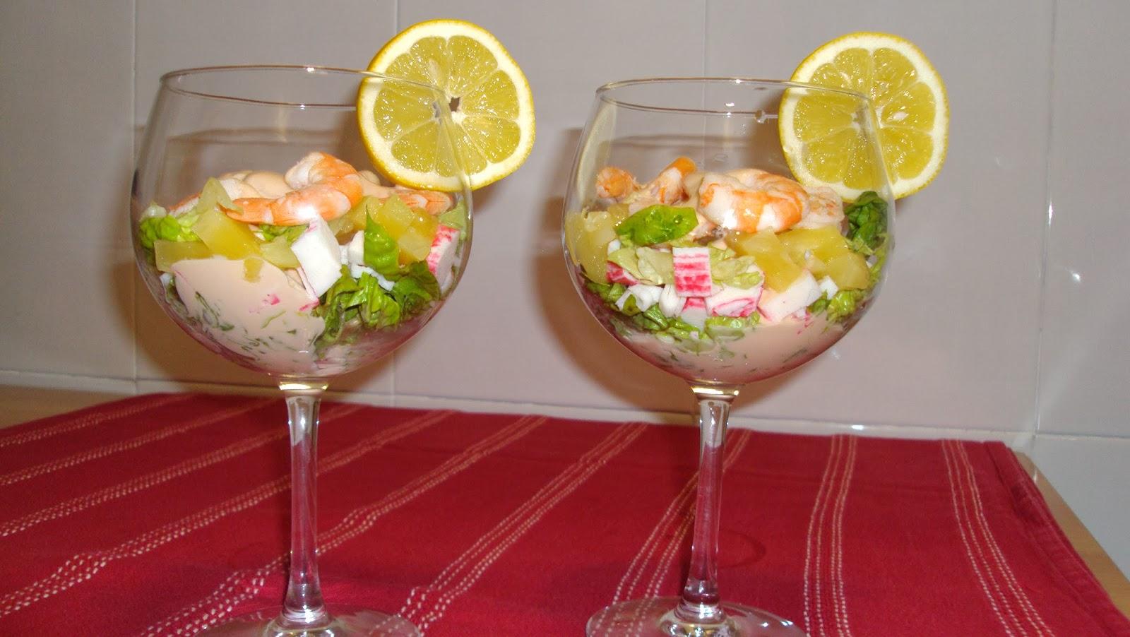 Un plato del d a c ctel de marisco - Coctel de marisco ingredientes ...