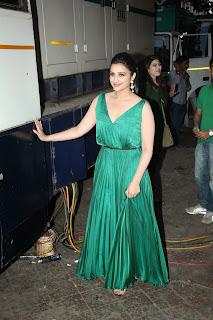 Parineeti Siddharth At Dance India Dance Season 4 36.JPG