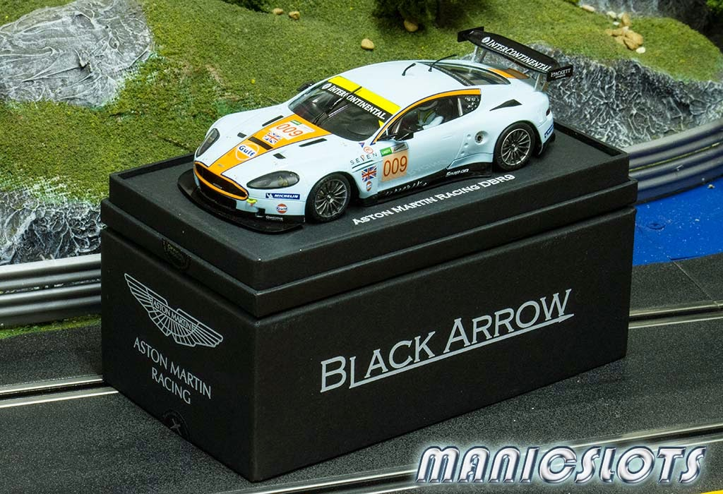 Black-Arrow-Aston-Martin-20.jpeg