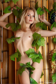 MPLStudios - Talia - Fruit of the Vine 2 - 006