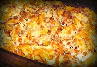 Pastel gratinado de macarrones con chorizo
