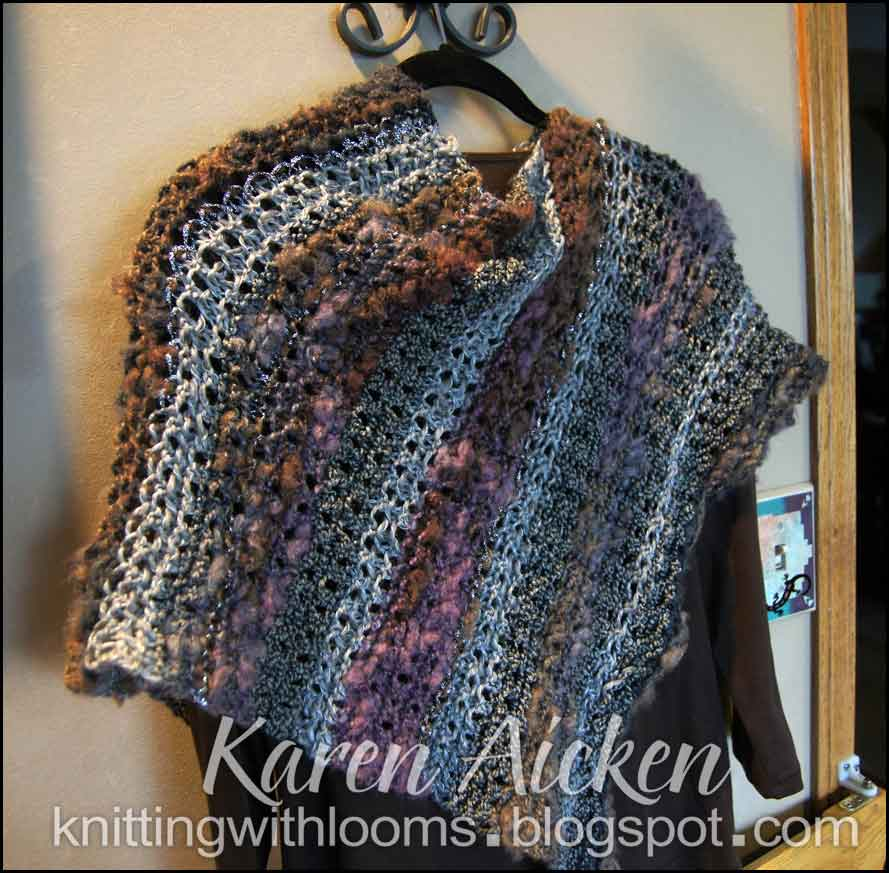 Knitting With Looms: Fancy Short Poncho Finished