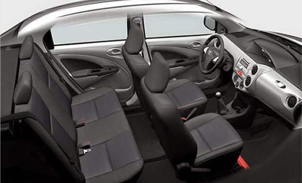 Toyota Etios 2014 interior painel espaço interno