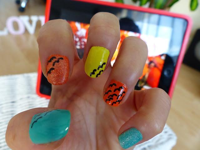 Yellow, orange ... + black birds