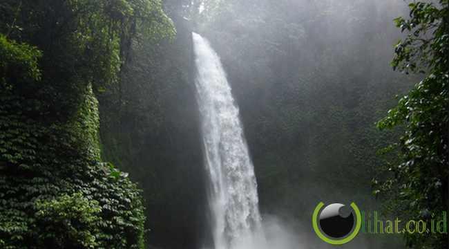 7. Tempat Wisata Air Terjun Lembah Harau Sumatera Barat
