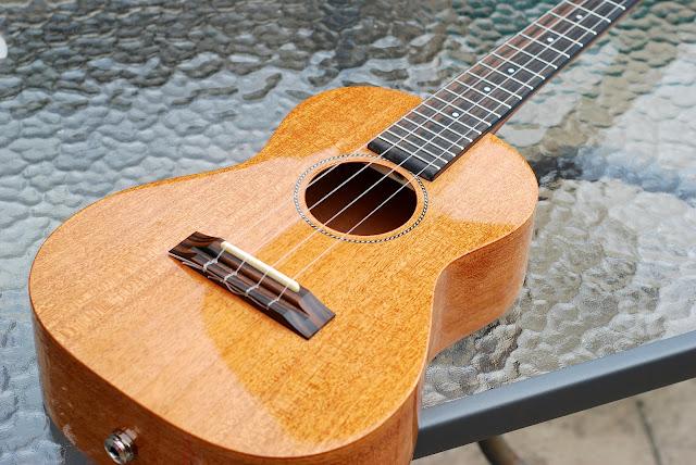 Pono MTD-E tenor ukulele body