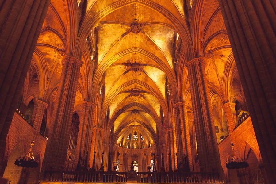 Собор Святого Креста и Святой Евлалии, Барселона