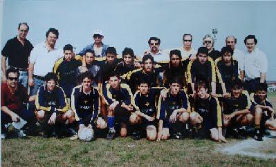 El primer equipo de AEBU en la Liga: Aebu sub16 2002 (Clickiá la imagen para agrandar)