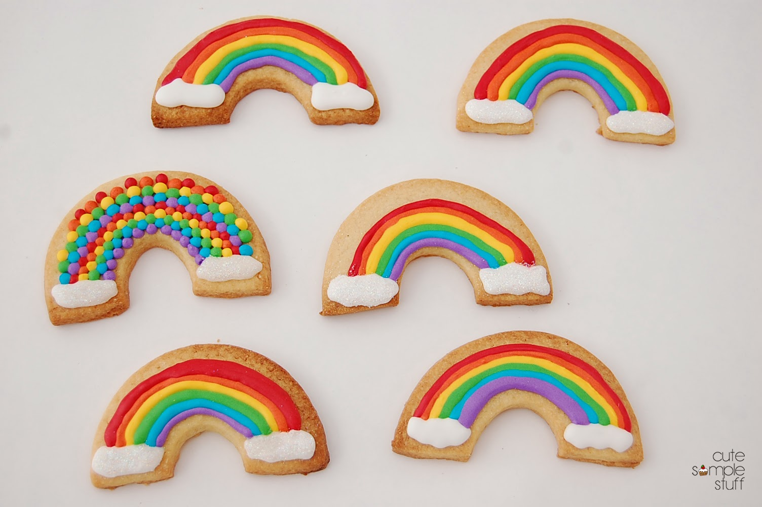 CUTE SIMPLE STUFF: How to make Rainbow cookies using round ...
