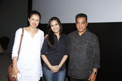 Kamal Haasan and Gauthami Watch Kochadaiiyaan Movie Photos
