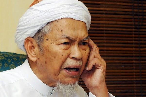 HOT RAMAI UMAT ISLAM YANG SETUJU DAN MENYOKONG KENYATAAN NIK AZIZ INI