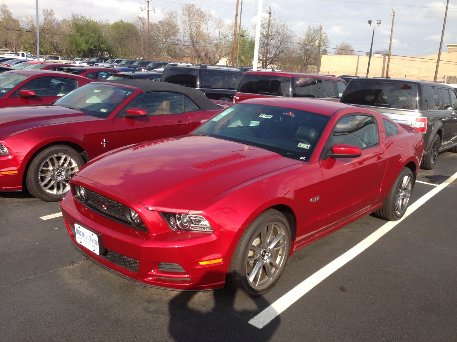 carjunkie 39 s car review first drive 2013 ford mustang gt 5 0 coupe. Black Bedroom Furniture Sets. Home Design Ideas