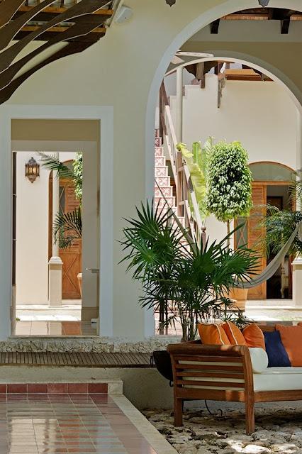 Dise adora de interiores dise o mexicano casa lecanda - Disenadora de interiores ...