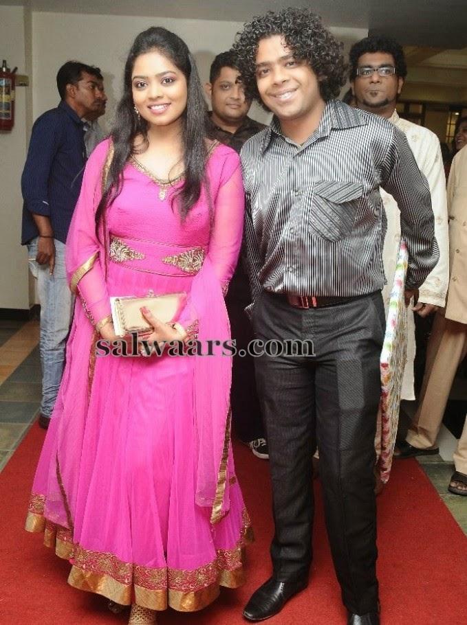 Naresh Iyer Wife Pink Salwar