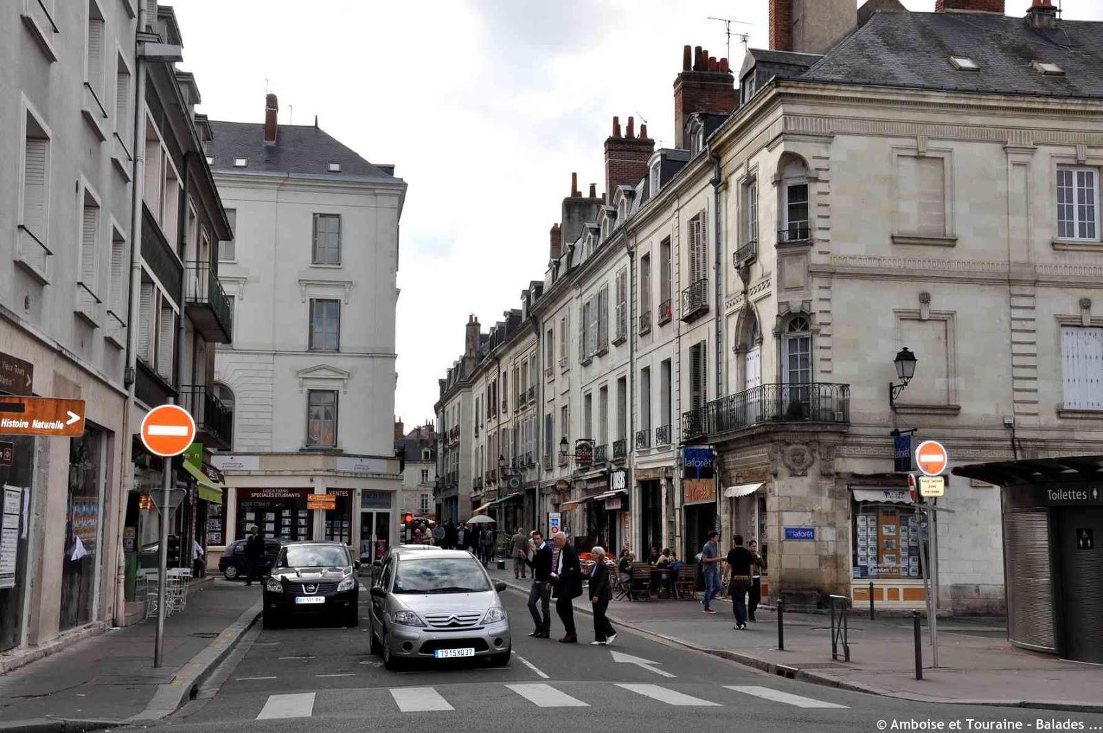 Amboise et touraine balades tours la rue du commerce - Rue du commerce literie ...