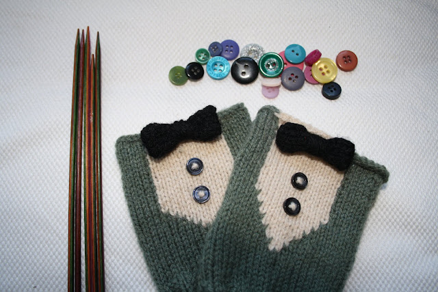 Suits You Mitts! @www.owlprintpanda.blogspot.co.uk