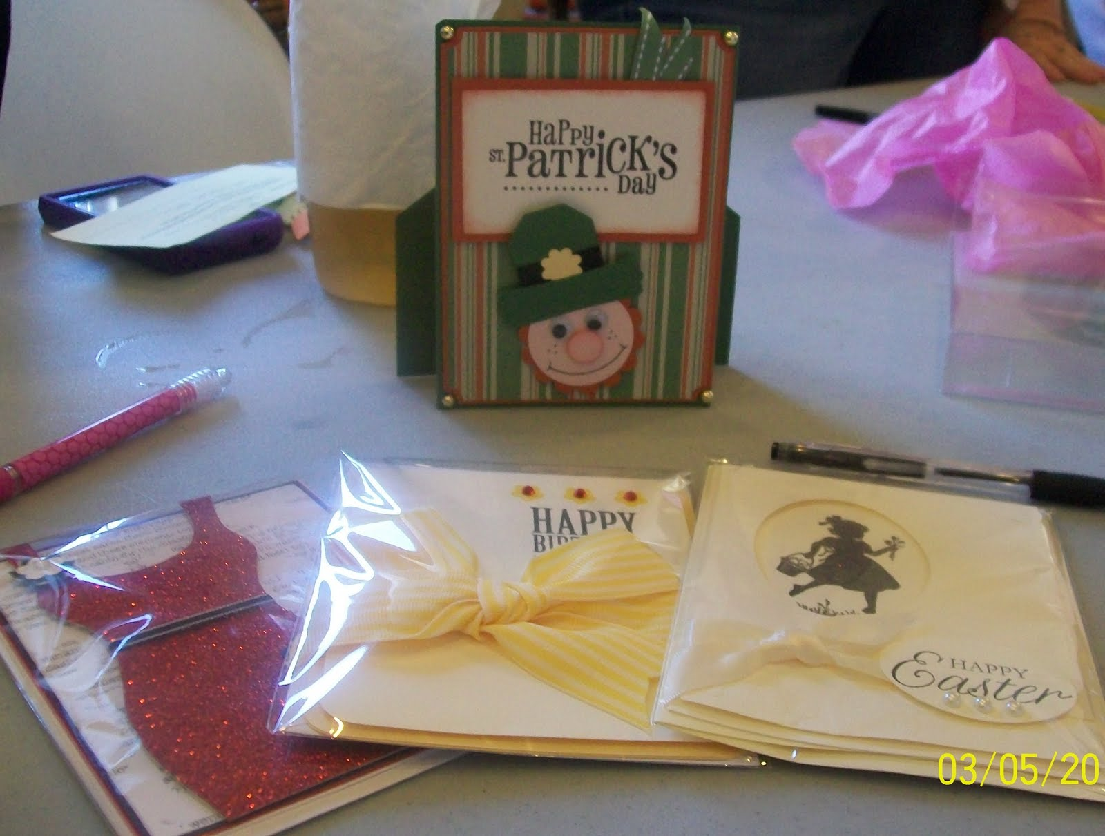 Cute Secret Sister Gift Ideas - WallsKid