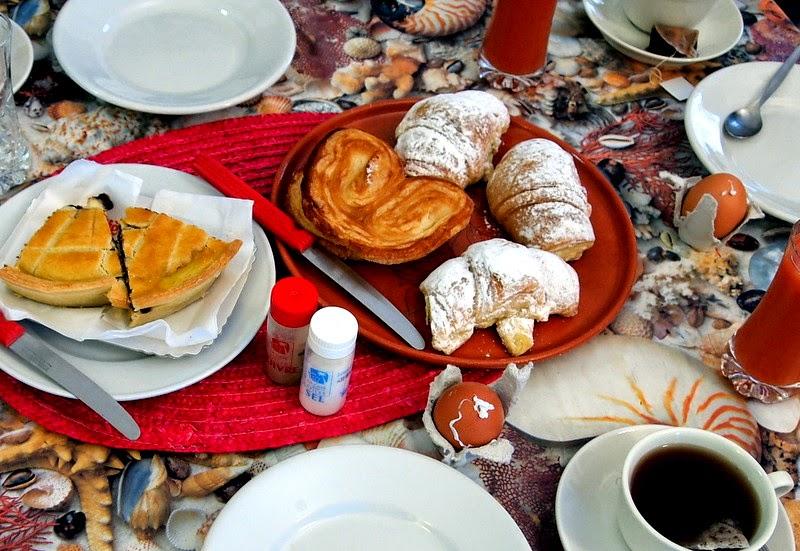 Breakfast in Monterosso al Mare, Cinque Terre