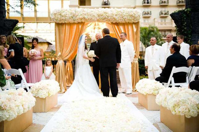 Reyne 39 s blog claire pettibone 39s wedding dress style for Altar decoration wedding