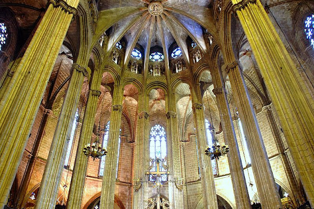 Cathedral of Barcelona, Catalonia, Spain |Travel Spain Guide