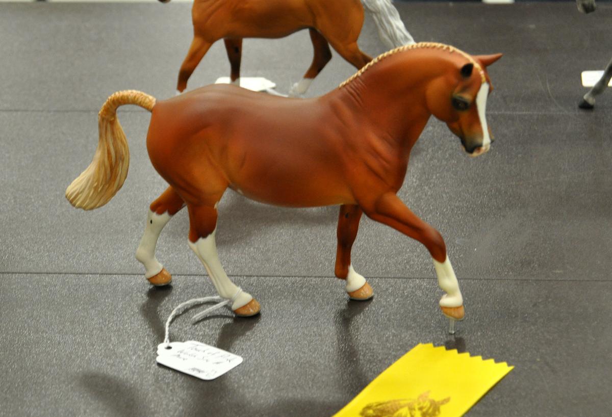 http://2.bp.blogspot.com/-UCT5HNYUxLE/T9Epht4ocHI/AAAAAAAAWEw/gnfaCy7tNUA/s1600/pony_pink.jpg
