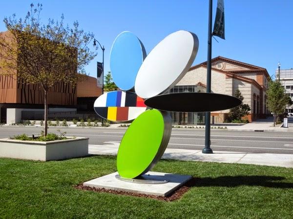 Brad Howe Reckon sculpture Beverly Hills City Hall lawn
