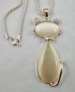 fashion Generous fox Cat's Eye Long chain charms necklace 71x33mm 1pcs