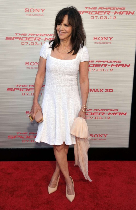 sally field in bikini sally field hot pics sally field hot wallpapers    Sally Field Hot