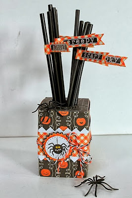 SRM Stickers Blog - Juliana Michaels - #straws #halloween #spider #digifile #free #stickers #twine #clearboxes #pillowbox #purse #tag